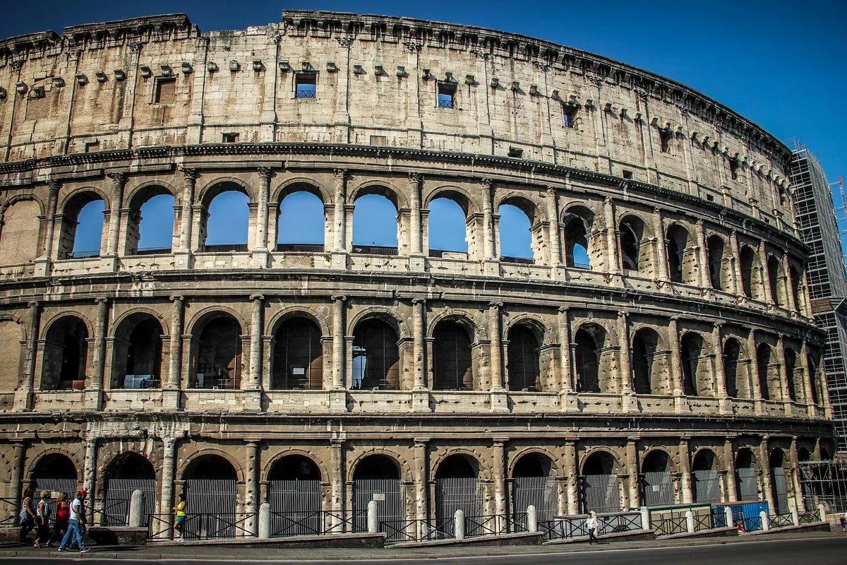 родным колизей амфитеатр картинки тоже заостренные