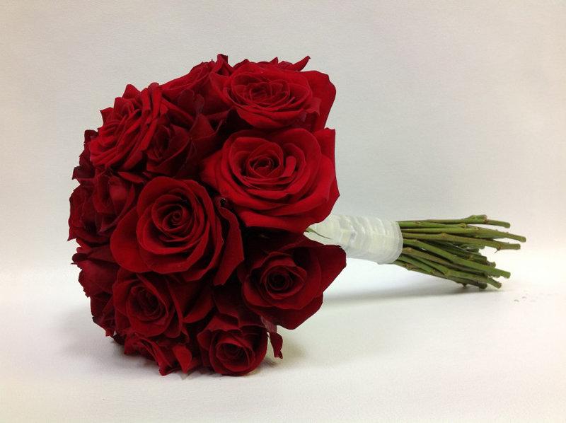 Красных роз, свадебный букет красных роз