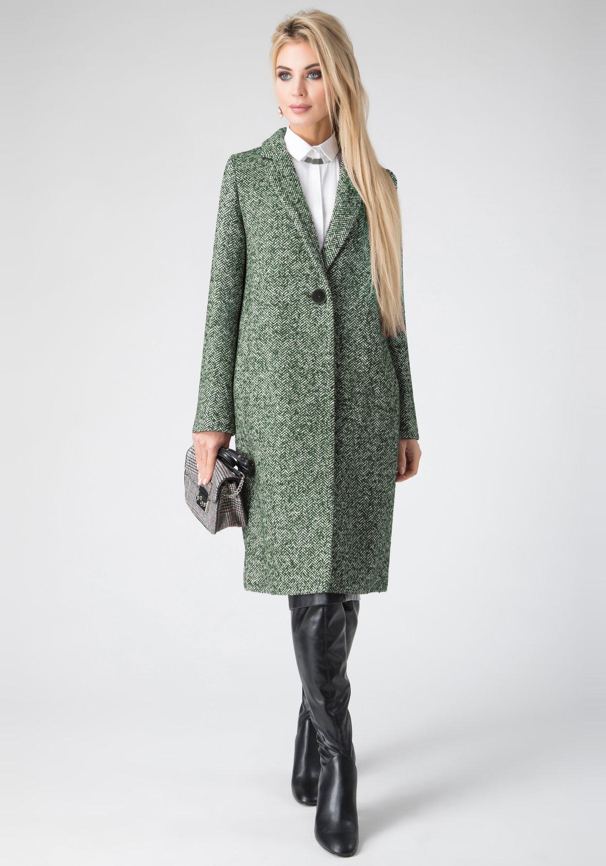 e6caeeaf460 ... Элегантное и стильное пальто прямого кроя. Модель с отложным  воротником