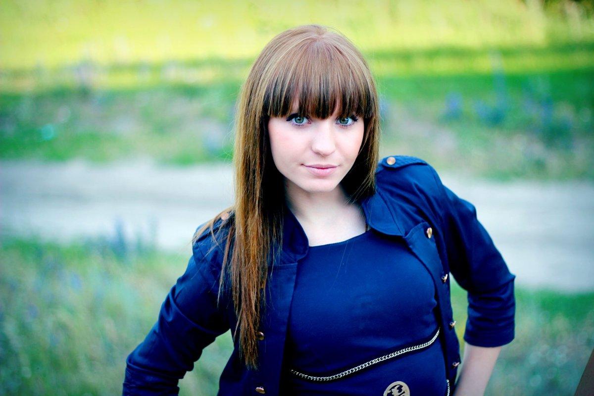 nastoyashie-fotografii-krasivoy-devushki-porno-foto-tolstozhopih