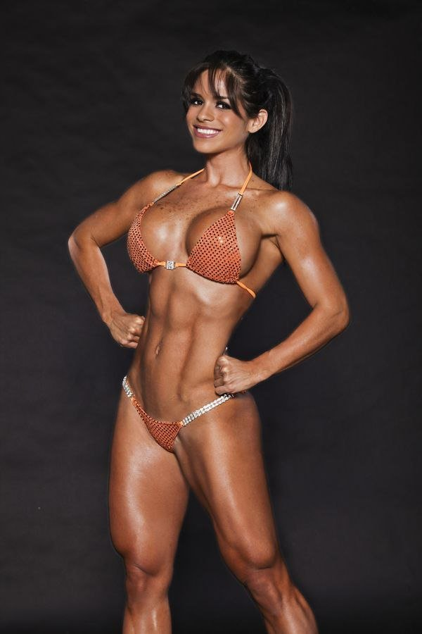 hot-black-muscular-babes
