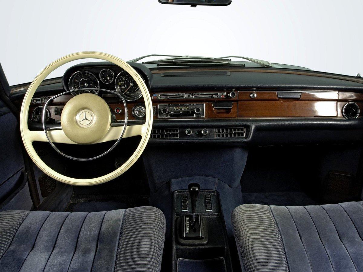 Mercedes w108 interier