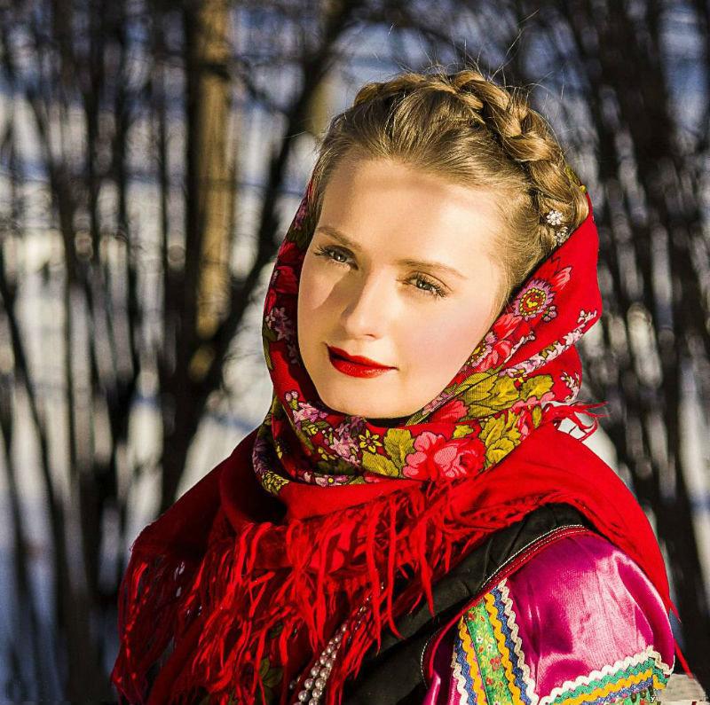 фотографии русской девушки жестокость