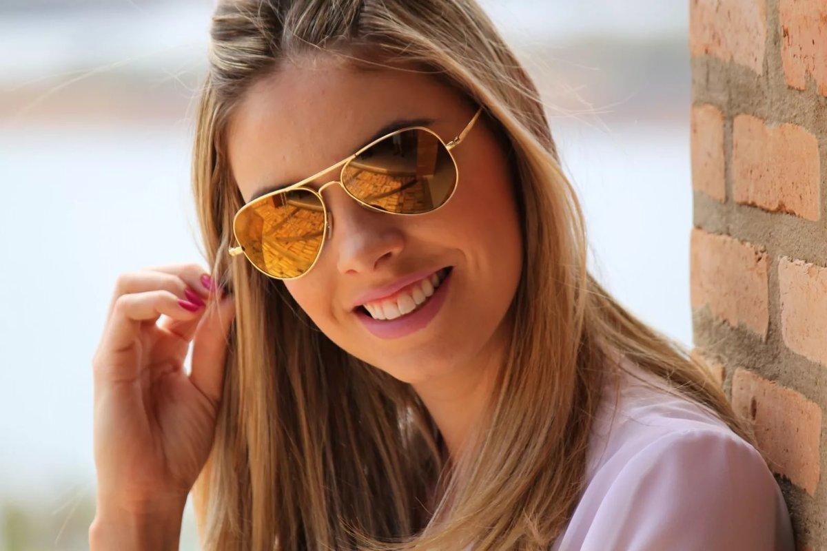 Очки-авиаторы с жёлтыми линзами для девушки.» — карточка ... 3692bec0b9f