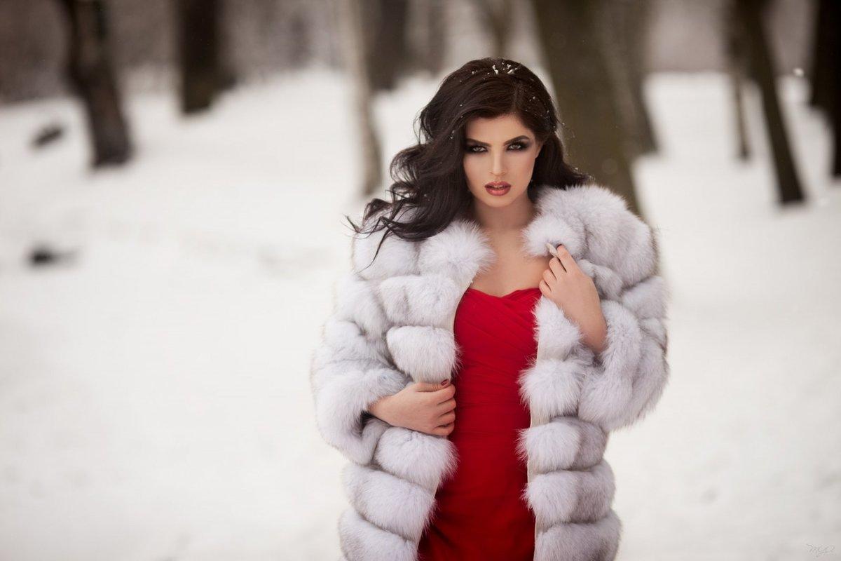 devchonki-ero-devushka-v-shube-video-yaponochek-lesbi-smotret