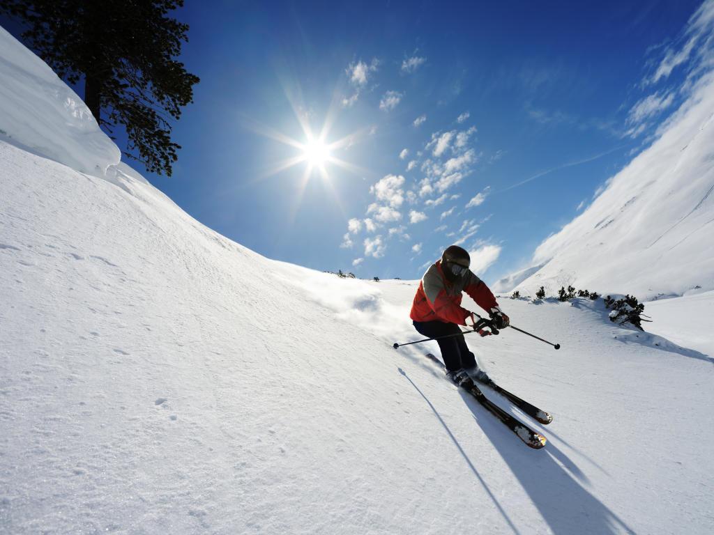 главные лыжник на горе фото вязаную