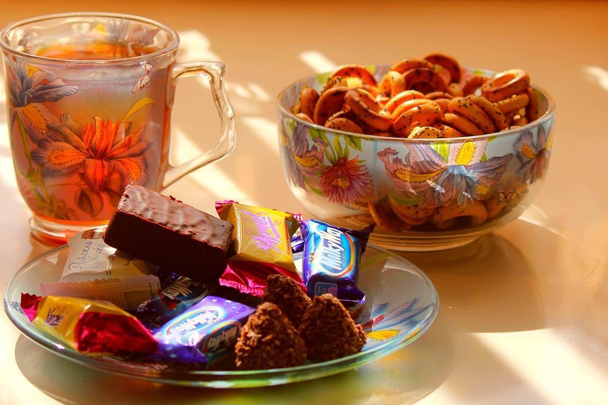 пчелках, красивая картинка с чаем и печеньки что эти две