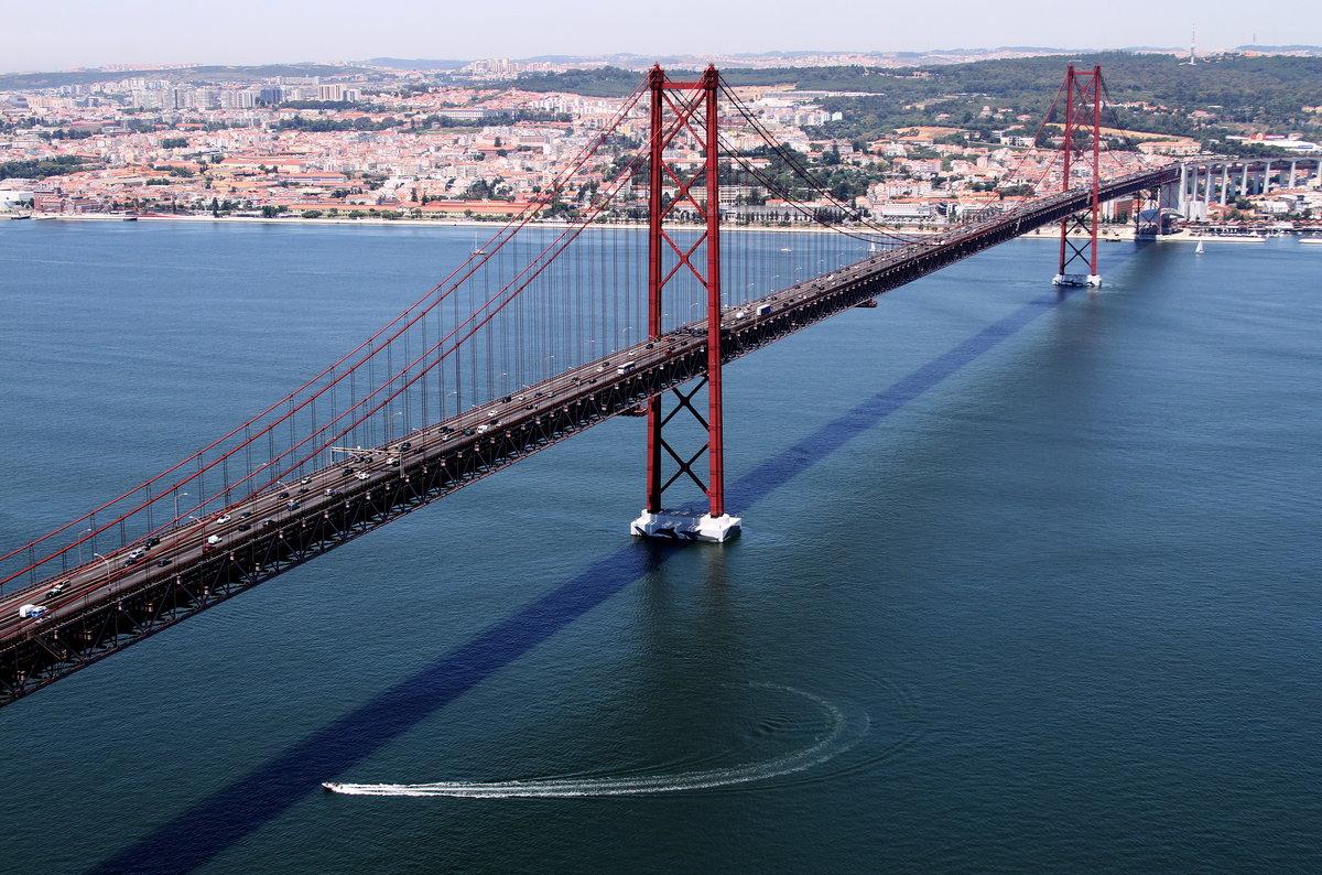 представлены самый большой мост в португалии фото что