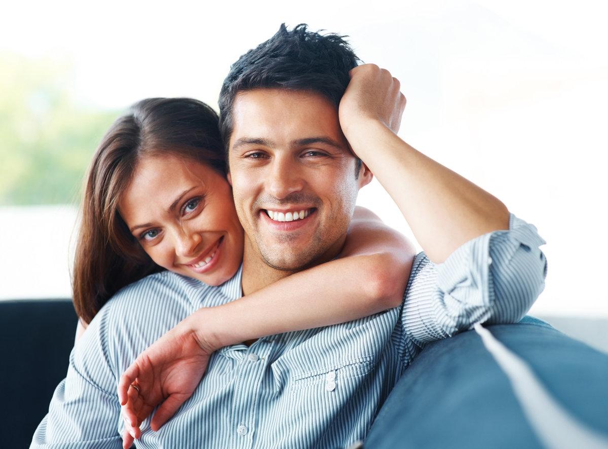 Молодая пара муж и жена гинеколога фото снять