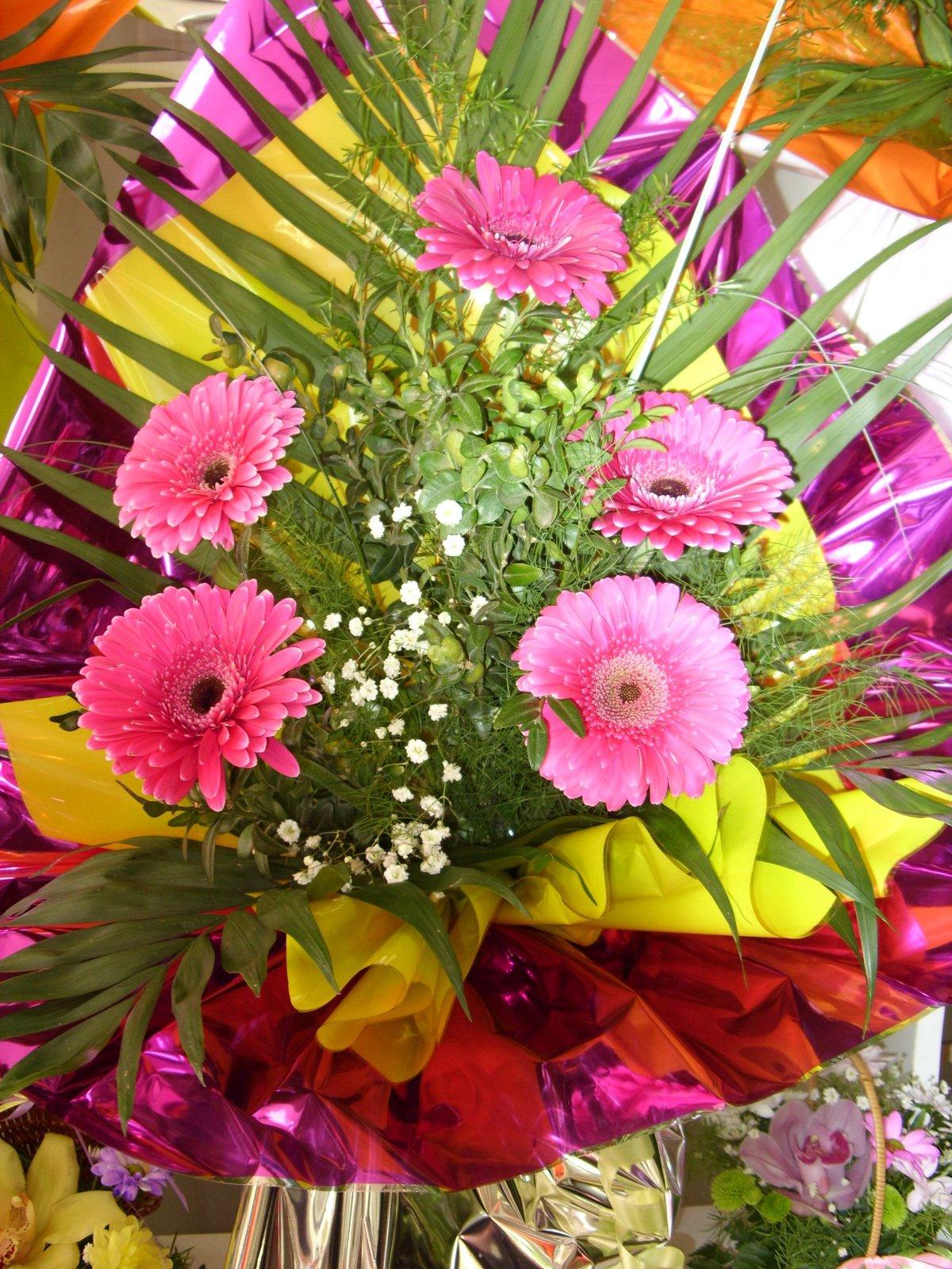 Сентября нижнем, букеты цветов для торжества