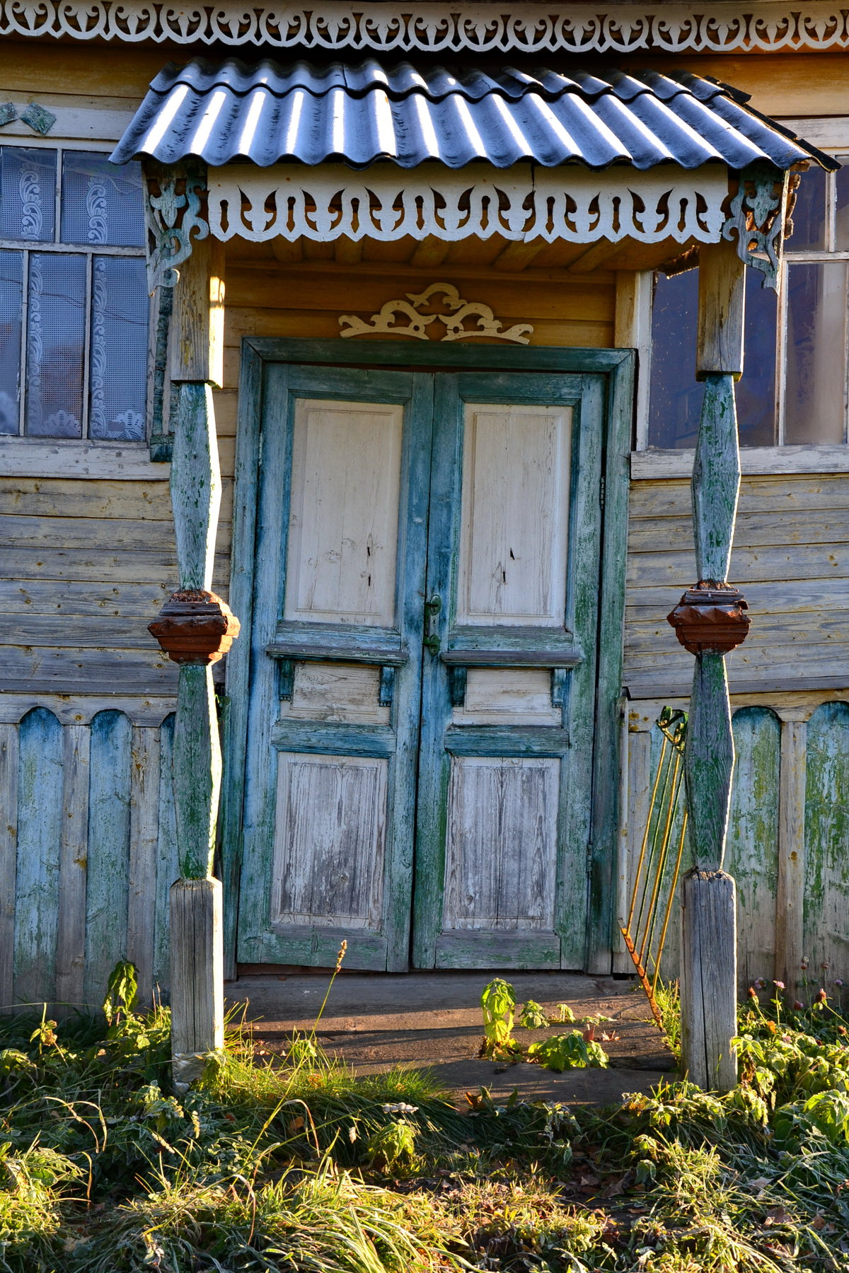 картинки двери деревенские вот только