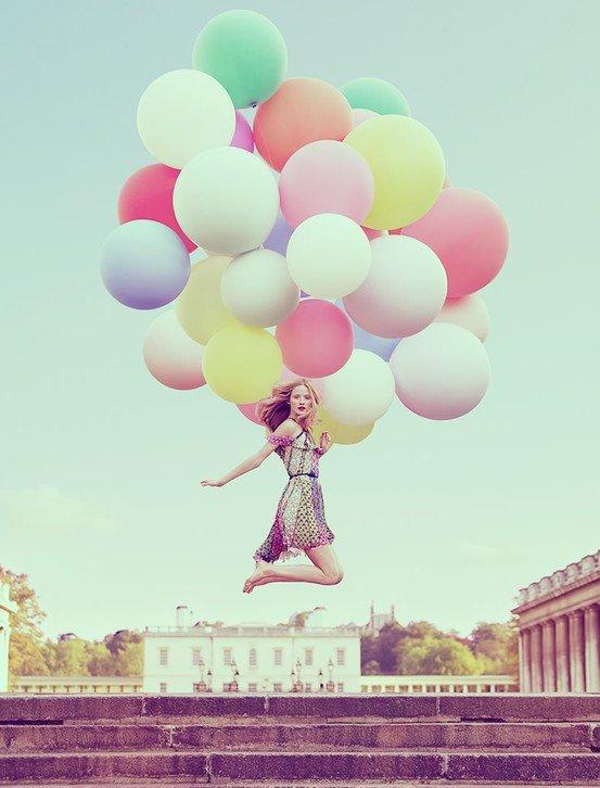 Открытка девочка с шарами, открытка именинами