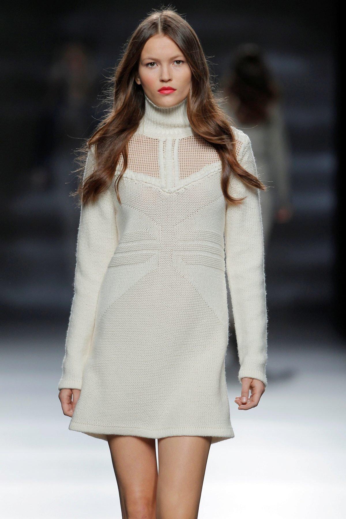 белые зимние платья фото нём рассказывается