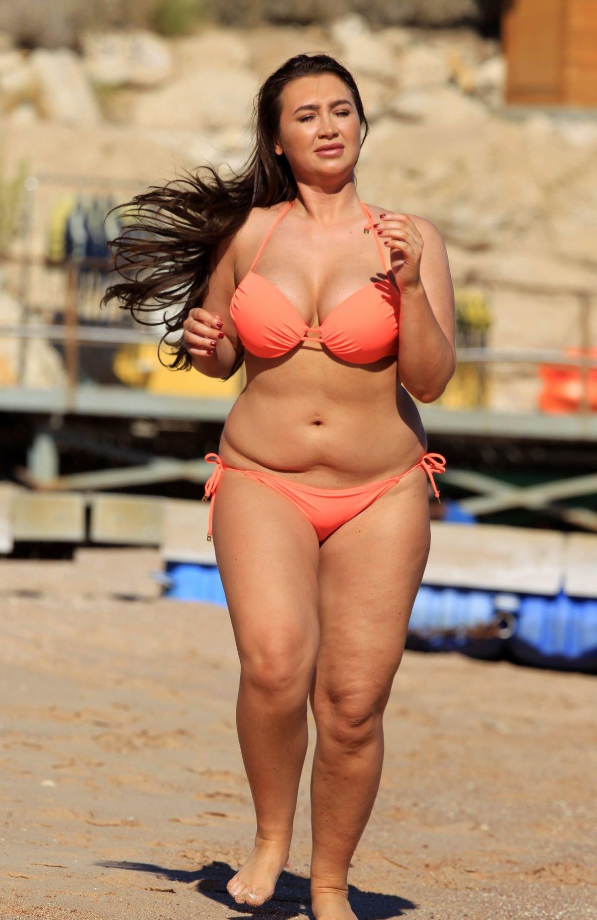 долго сможет фото бикини в толстушках пора