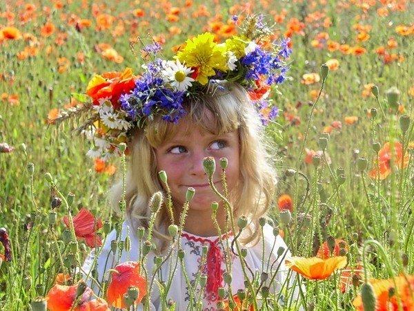 Уход за цветами за кратон