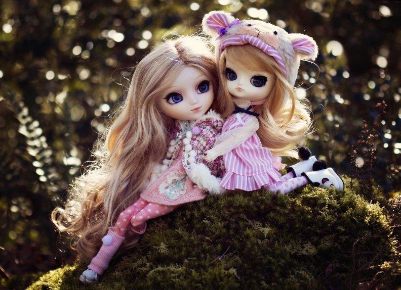 Поздравительные открытки, картинки красивые куклы разные