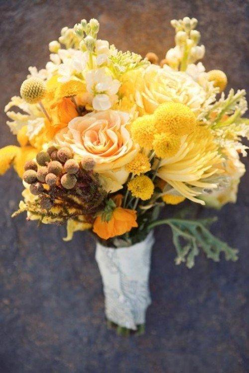 Пионов осенью, флористика желтый цвет букета