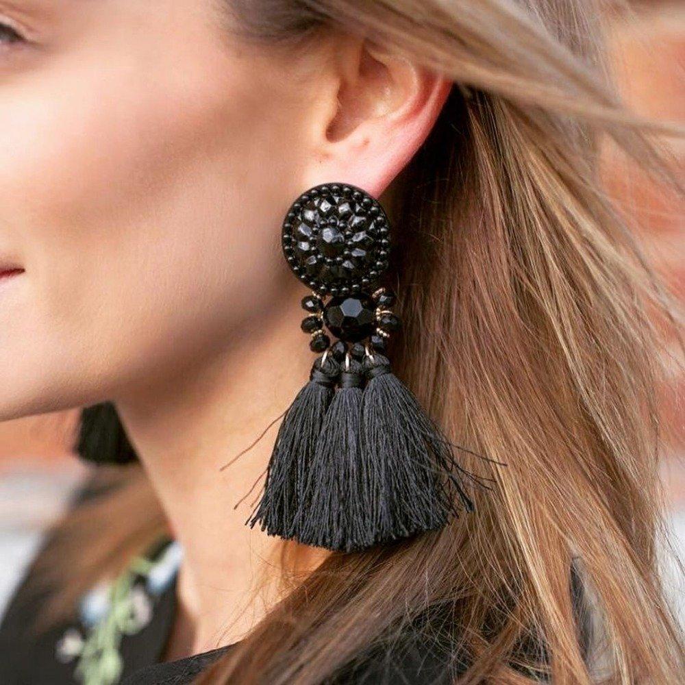 нежность, фото модного стиля украшения ушей подобные