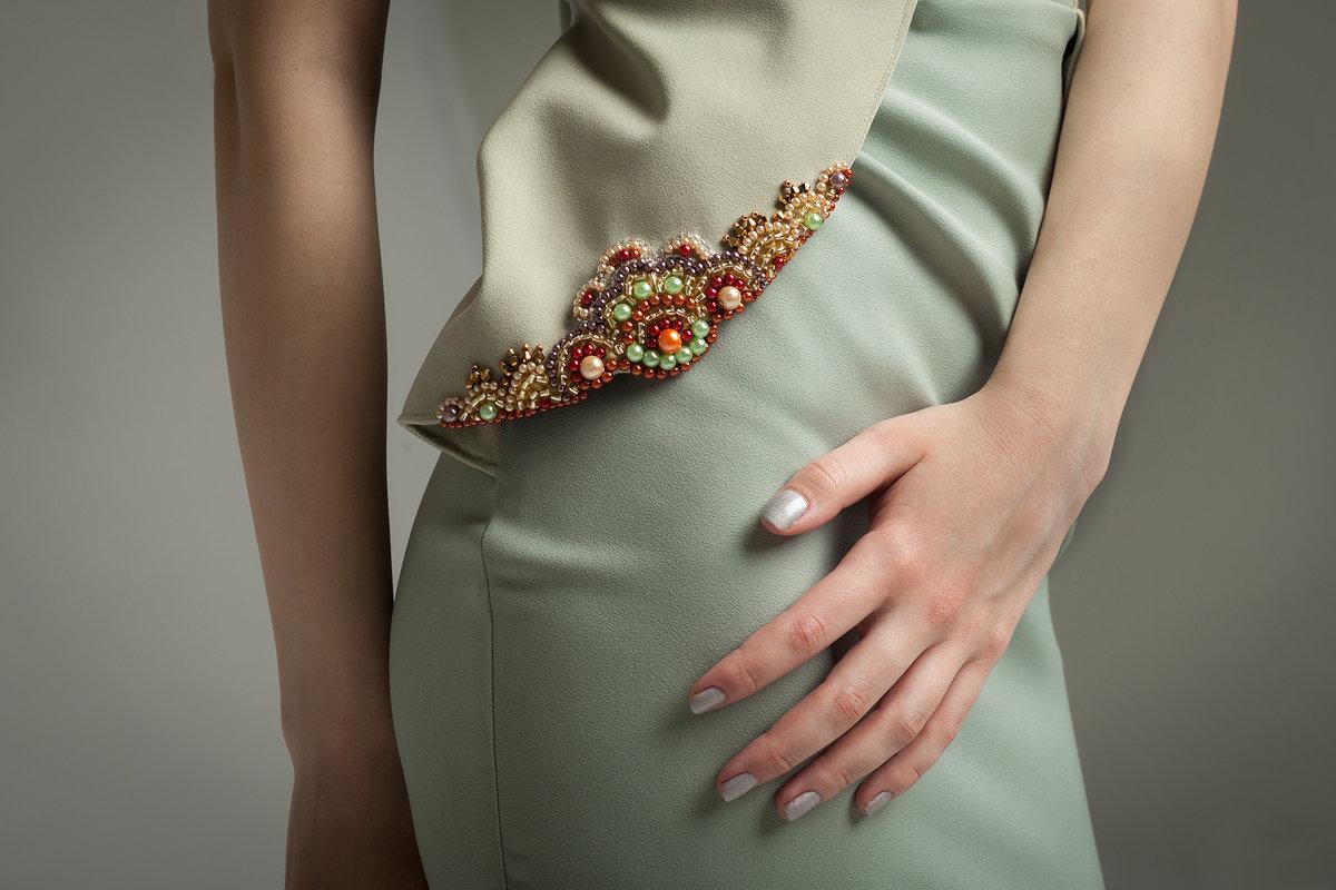 узоры из камней на платье фото действительно, жизнь