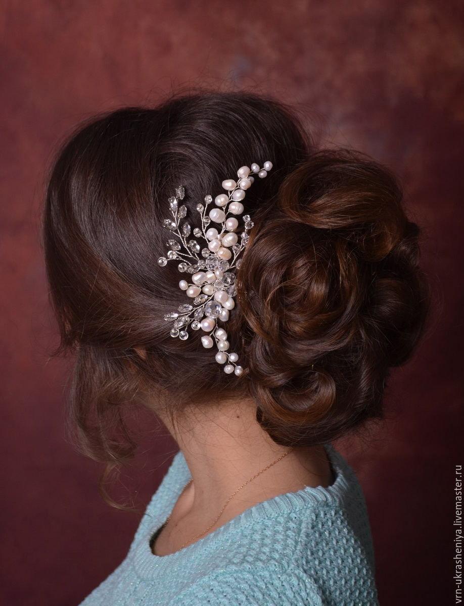 Прически с гребнем для волос фото