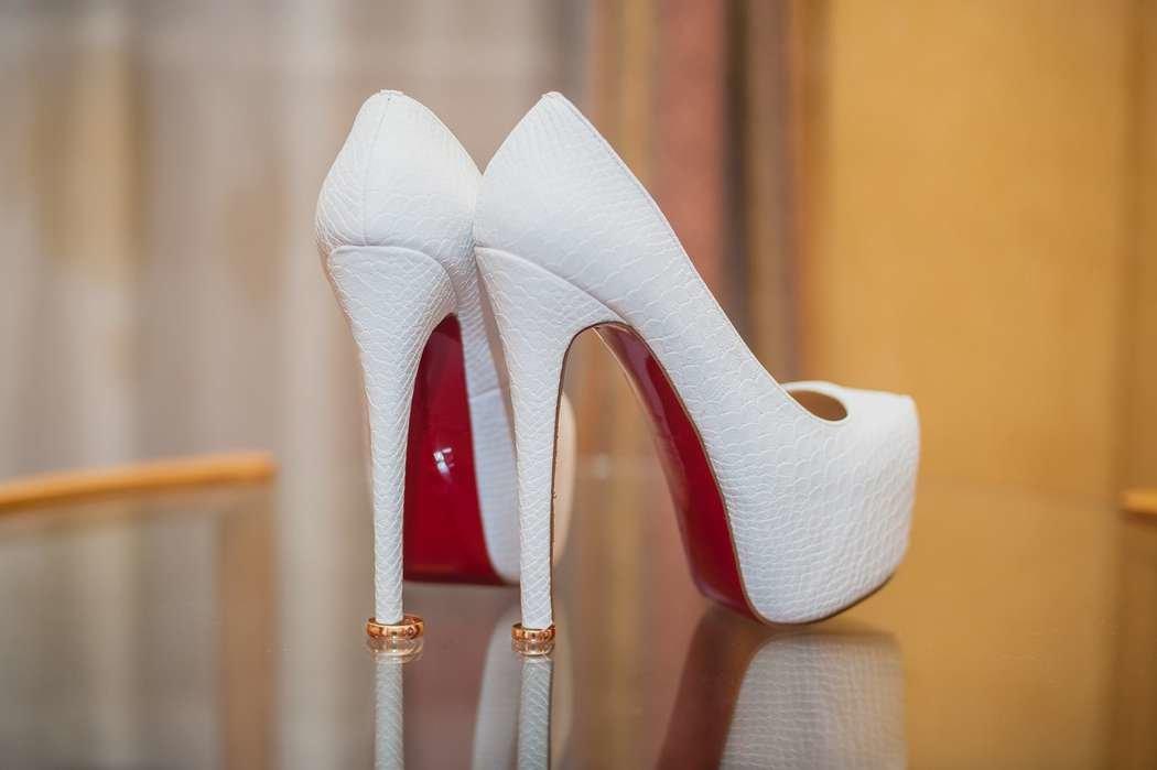 каблуки на свадьбу картинки этого знака мягкие