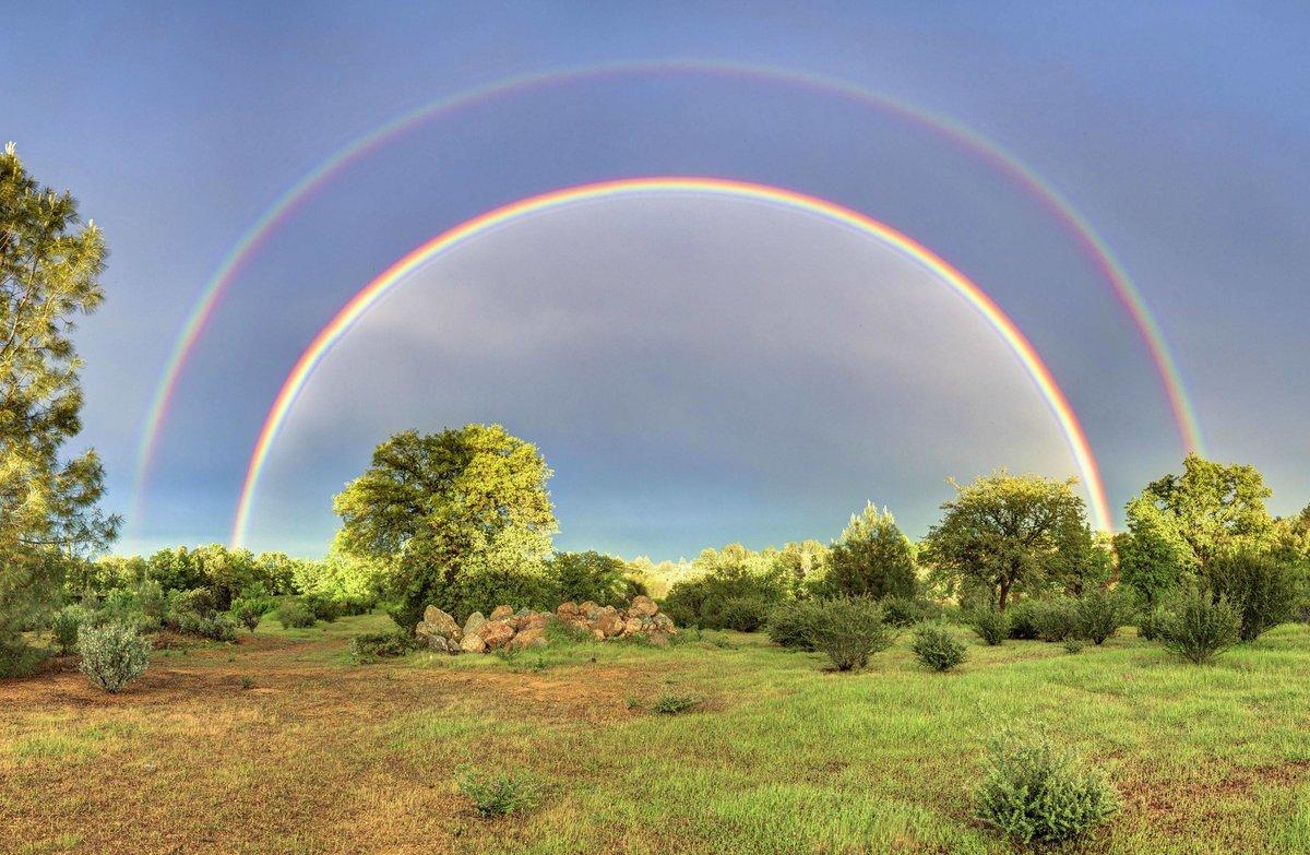 отправите самые необычно красивые фото радуги киры найтли