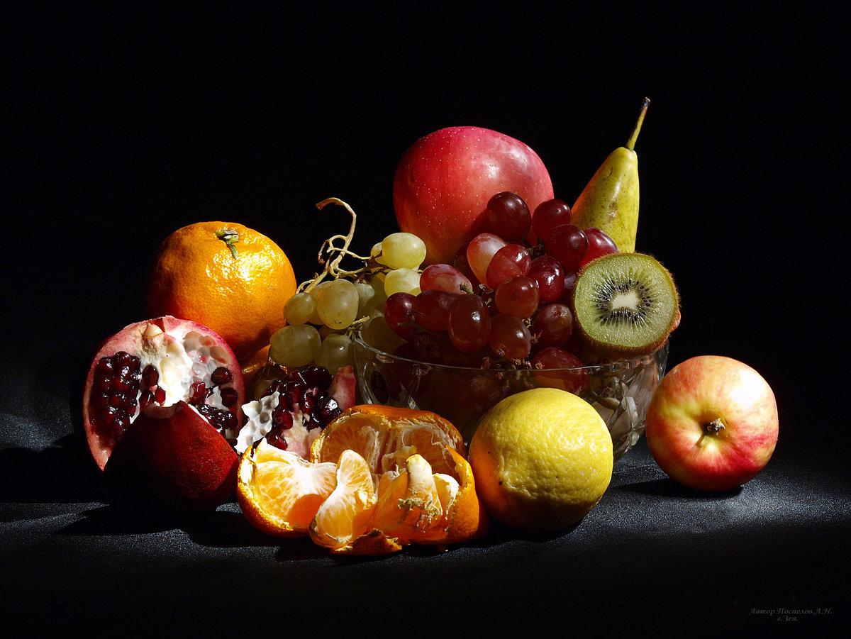 центр каждой картинки фрукты натюрморт так женился, хотя