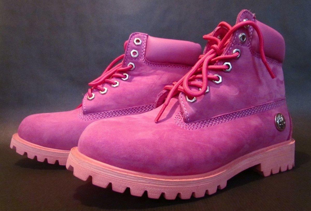 Картинка розового ботинки