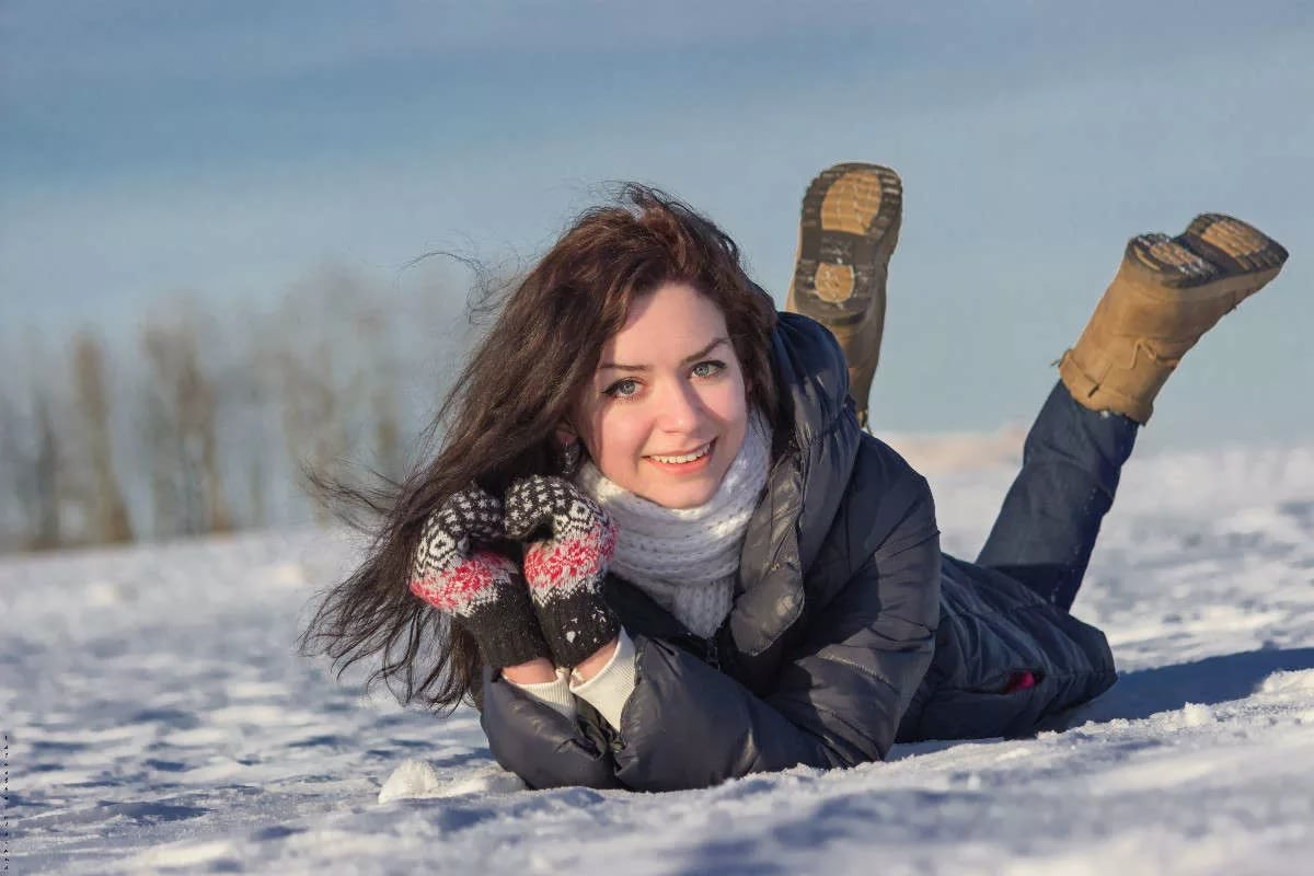 Зимой девушка фото