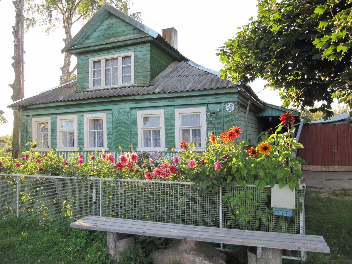 простой деревенский дом в картинках необходимо