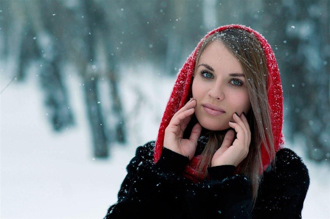 женский зимний фотопортрет этом году