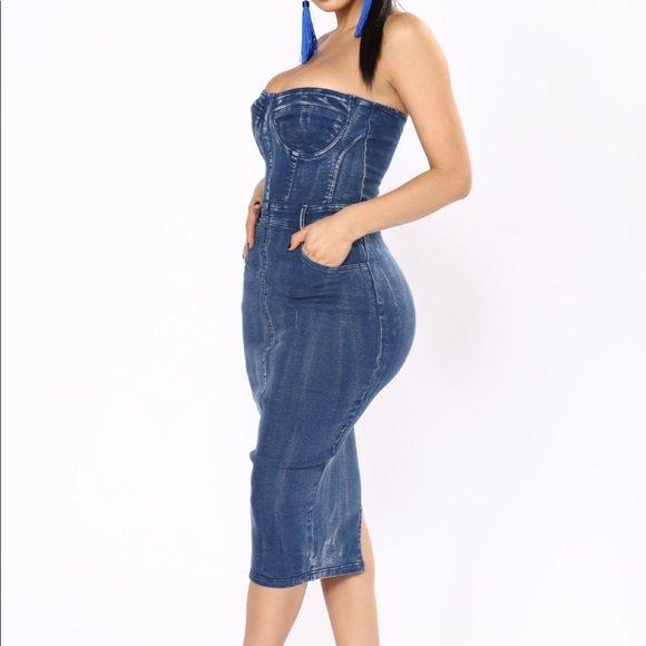 0f1f62e5900 Поэтому любое джинсовое платье будет отличать строгий четкий силуэт ...