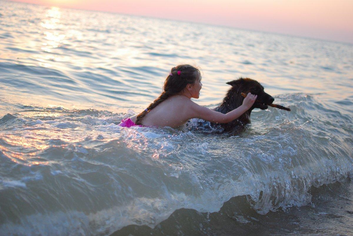 Смотреть купались в море и трахались могу