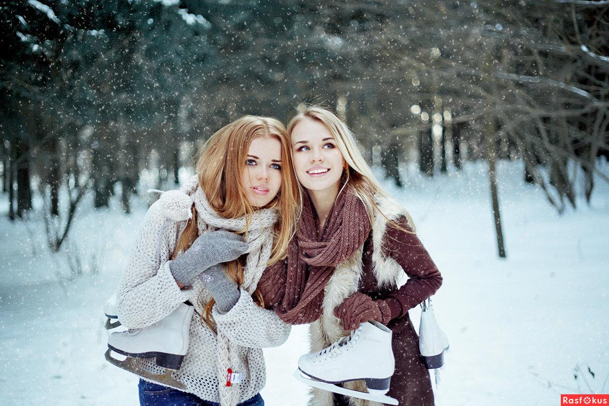 зимние фотосессии на улице с подругами красивые места, главные