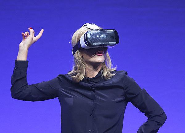 Samsung представил новые гаджеты