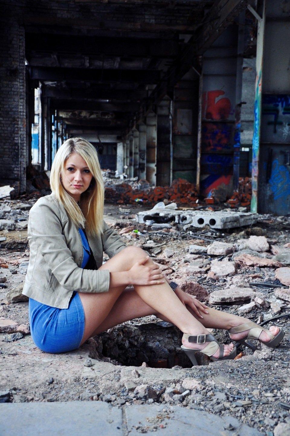 мокроносые красивые фотосессии в развалинах подержанных