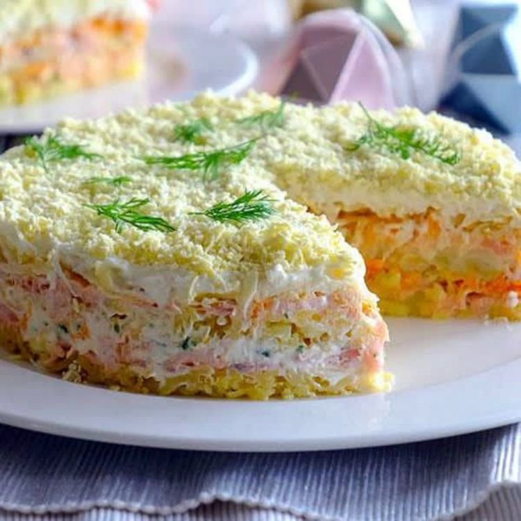 Ибо за рецептами самых лучших салатов после окончания торжества всегда выстраивается самая настоящая очередь.