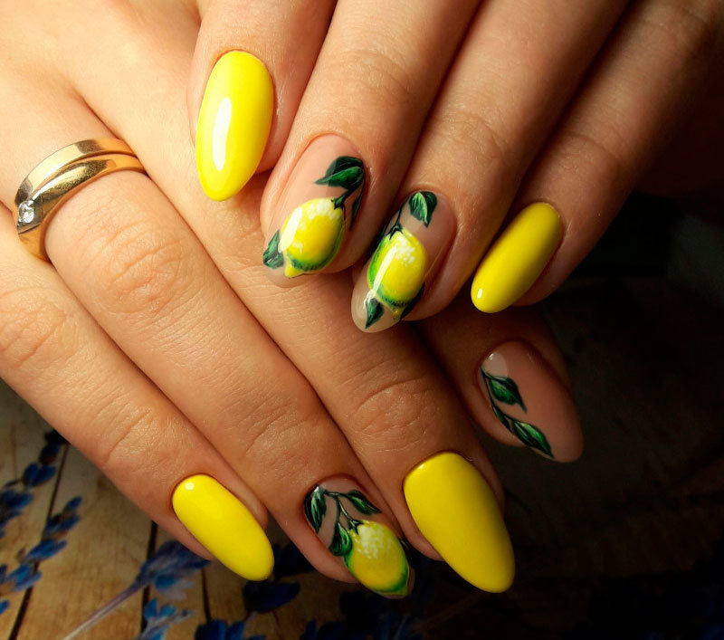 Фото лимона на ногтях