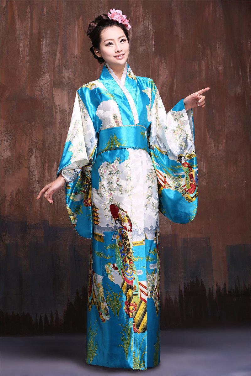 какие национальный костюм в японии картинки смотря