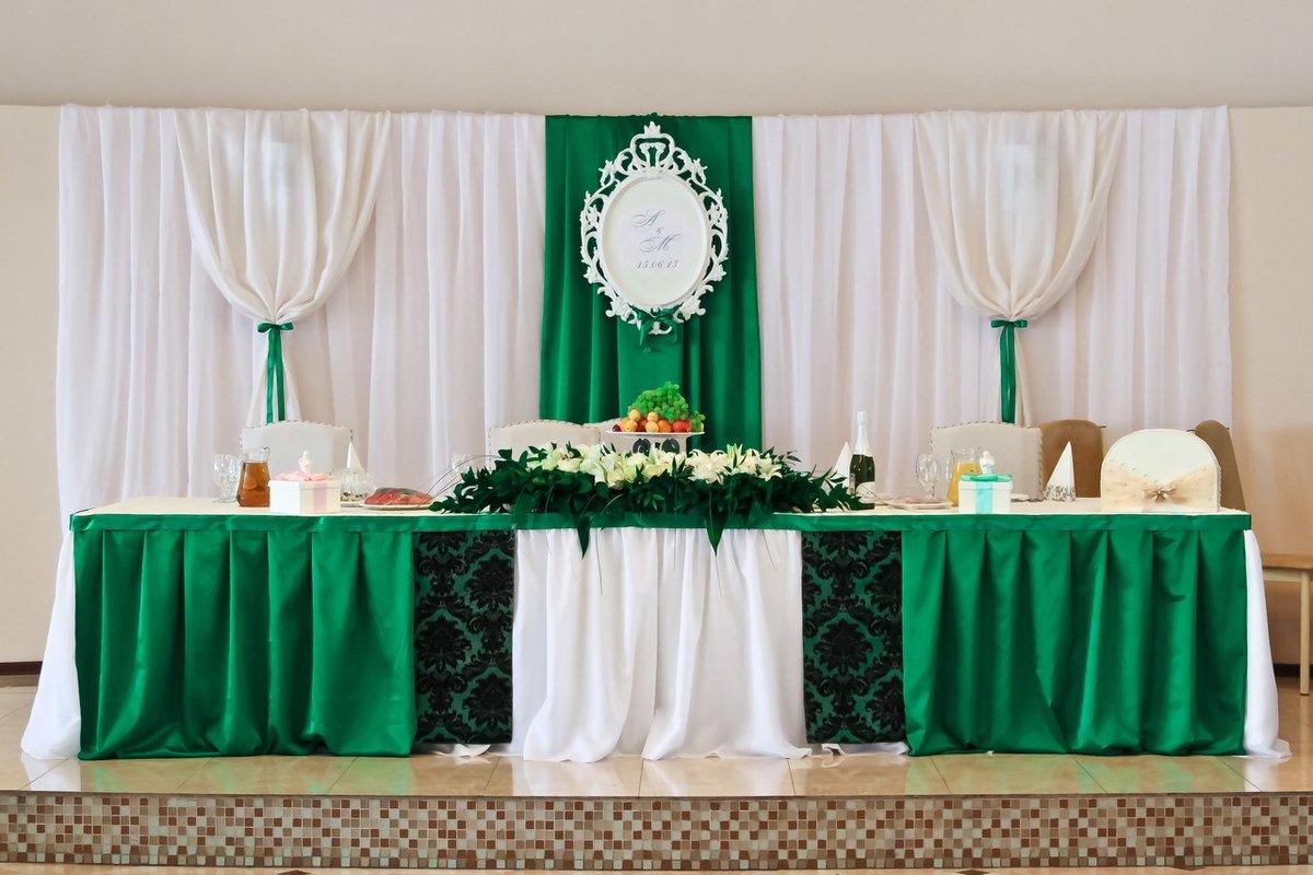 цвете фото свадебный зал изумрудном в