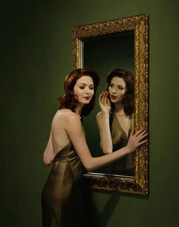 Отражение в зеркале картинка