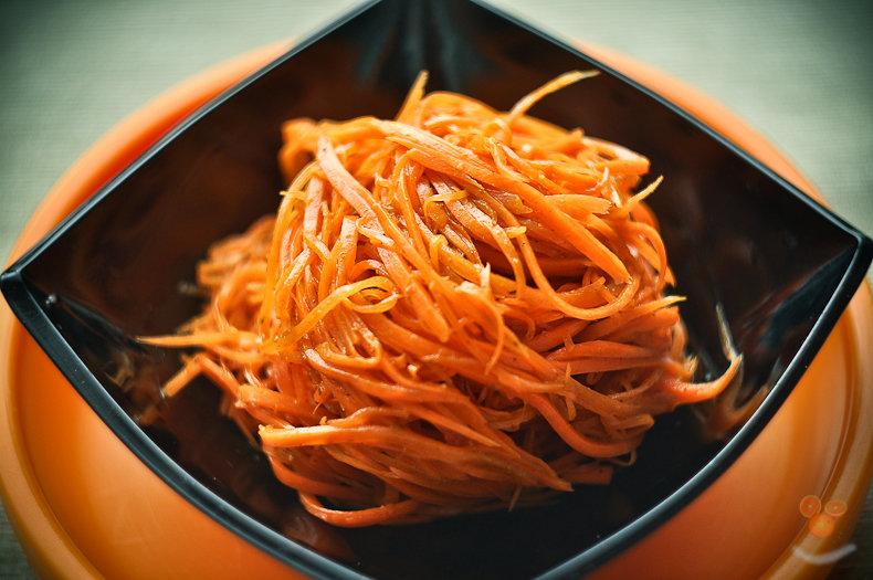 Самый простой рецепт морковки по корейски