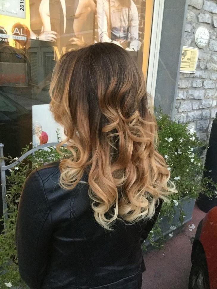 Шатуш на темные и светлые волосы