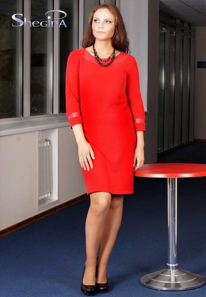 a944944b0cf Красное платье со вставками на рукавах и по горловине из экокожи в тон.