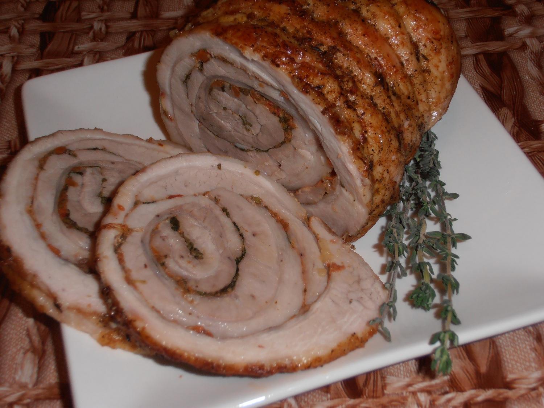 рулет из кусочков свинины