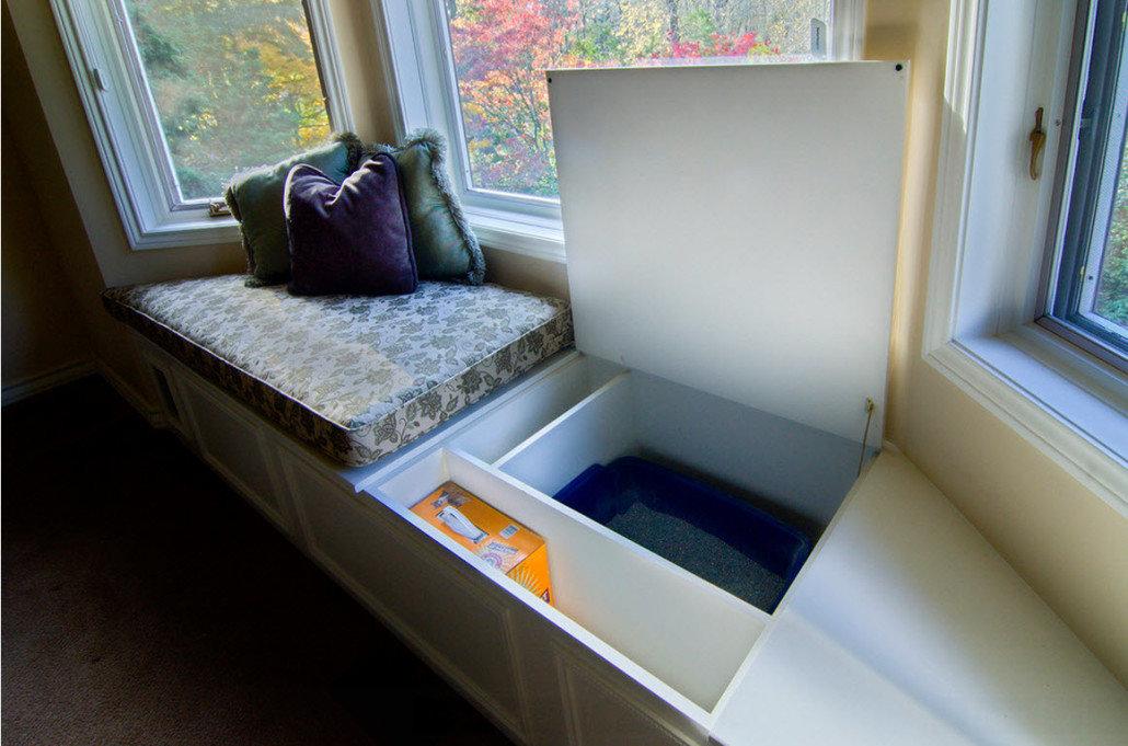 Подоконник в спальне можно использовать и для отдыха и для х.