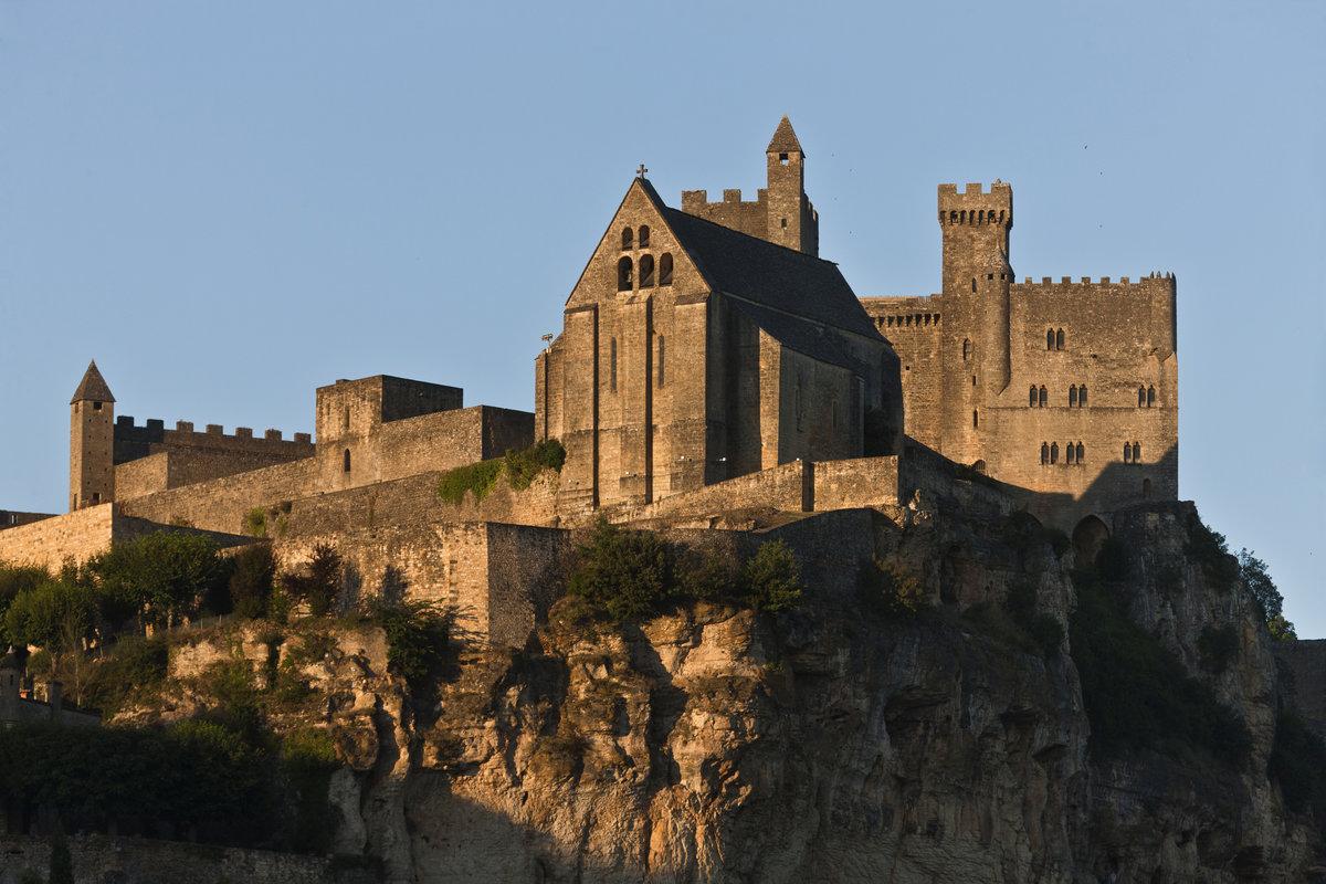 крепости европы фото солнечный свет