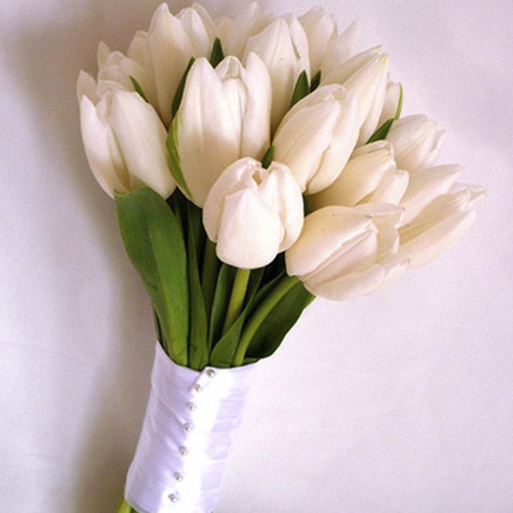 Заказать букет невесты спб с белыми тюльпанами, роз сочи