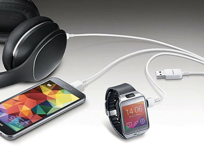 Samsung представила microUSB кабель на три устройства - порт