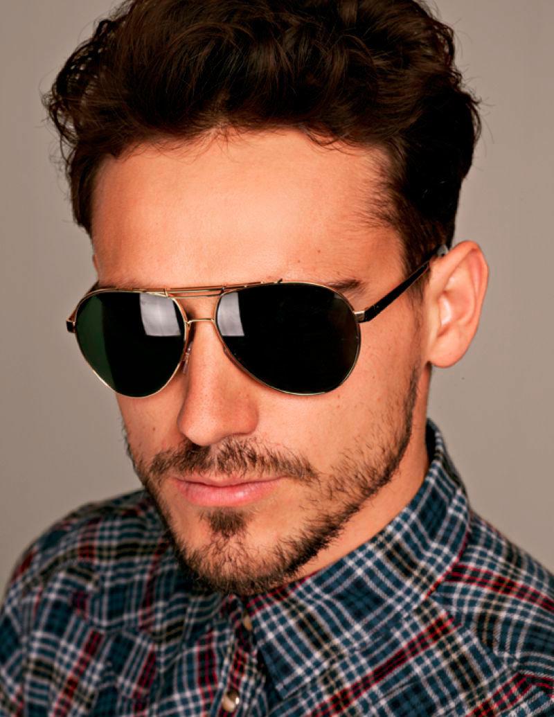 многих мужчин картинки мужчины темных очках этом нет